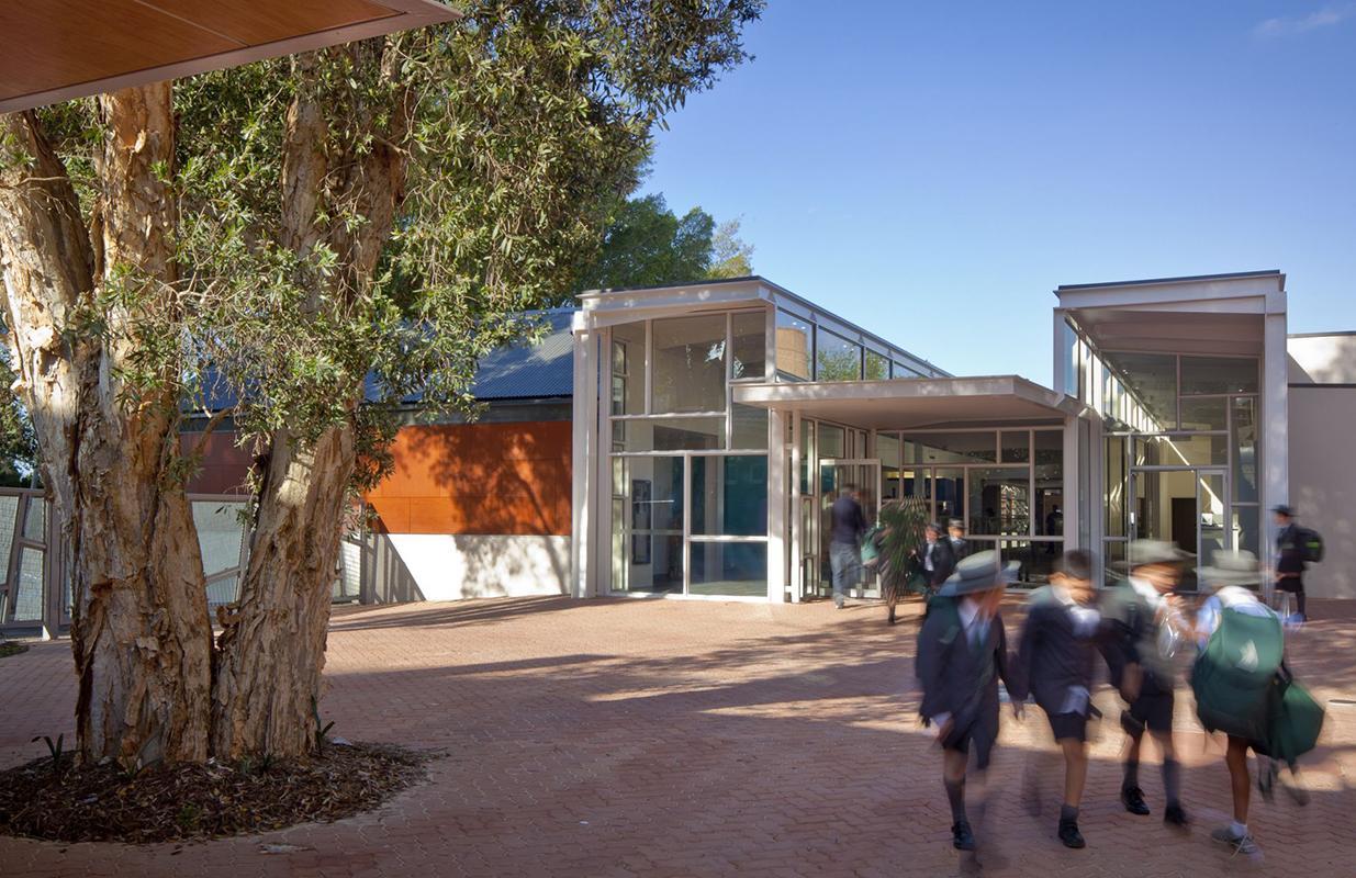 Trinity Grammar School Image