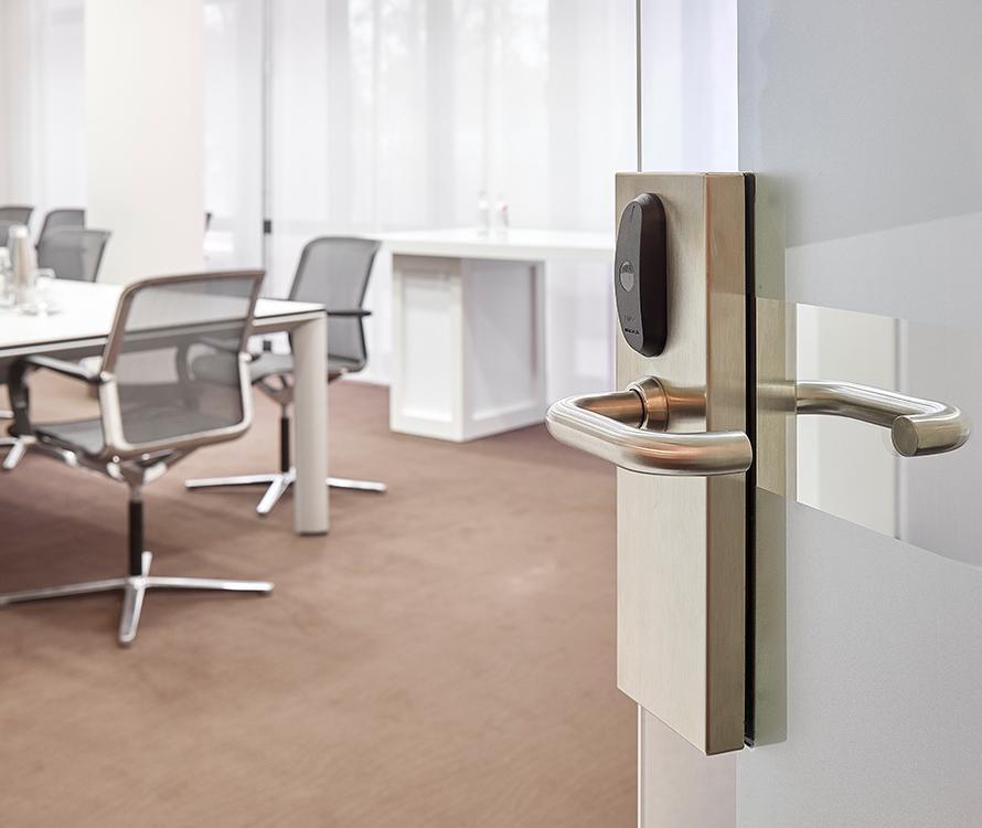 Smart locks fit different type of doors